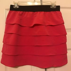 Dresses & Skirts - Pink ruffle mini skirt size small