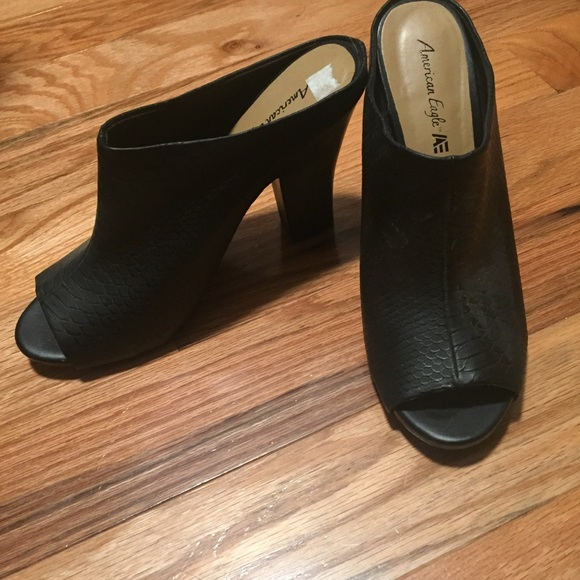 b0a86bc8cee8 American Eagle By Payless Shoes - Peep toe mules