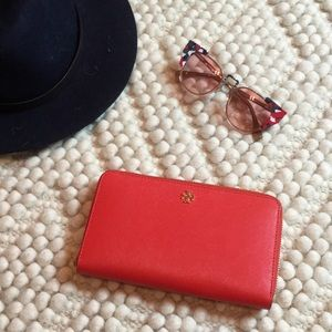 Tory Burch zip around wallet