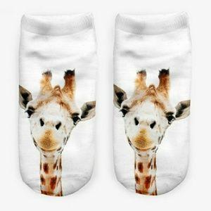 Accessories - Giraffe print ankle socks