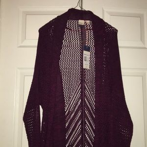 New with tags Roxy cardigan in burgundy. Size M
