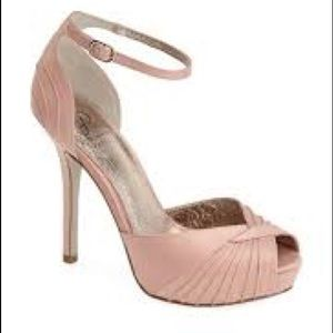 New - Adrianna Papell  shoe - size 10. Gorgeous!