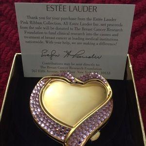 Ester Lauder Compact