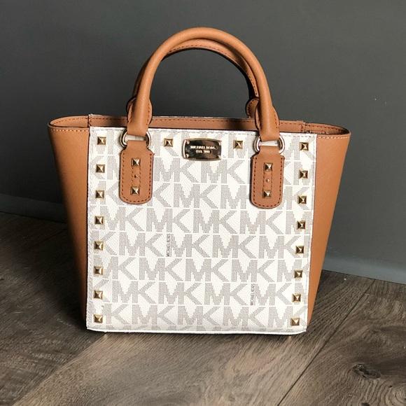 2b278ce214a0 MICHAEL Michael Kors Bags | New Michael Kors Small Crossbody Bag ...