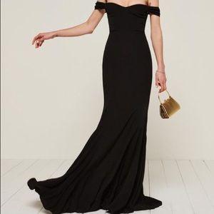 Reformation Gardner Dress in Black size 2