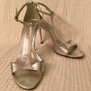Cathy Jenas high heels