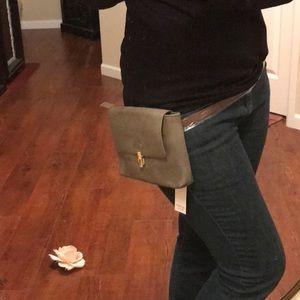 Iona Fanny Belt Bag 💐💐
