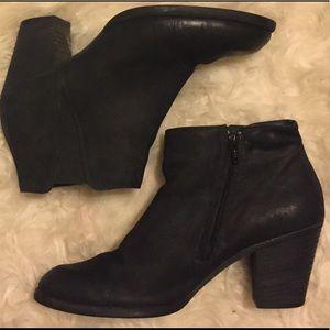 Paul Green Black Jules Ankle Boot