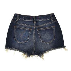 PINK Highwaisted Shorts