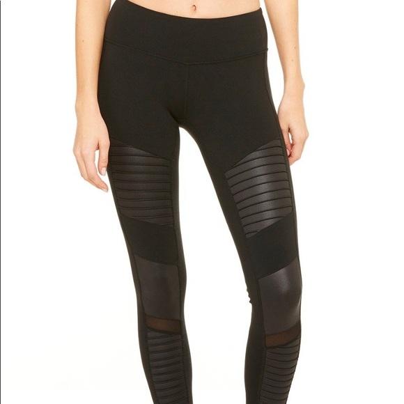 f6a4eb772fe464 ALO Yoga Pants | Motor Leggings | Poshmark