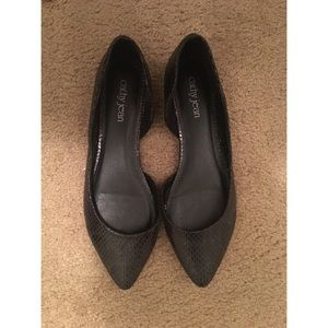 Cathy jeans black flats