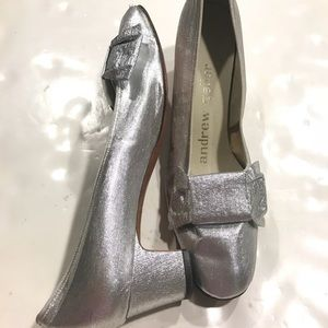 9dddef41a58bb Andrew Geller Shoes - Andrew Geller Metallic Silver Bow Heels 7