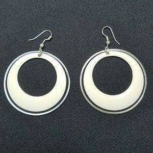 Jewelry - 💎3 for $10💎 White Enamel Silver Earrings