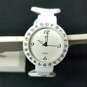 Jewelry - 💎3 for $10💎White Crystal Watch
