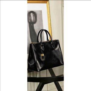 Ralph Lauren black handbag!!