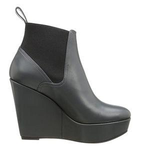 cc5f04d02541 Robert Clergerie Shoes - NEW Robert Clergerie Women s Fille Wedge Pump