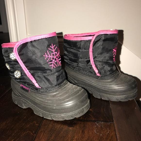 Sportek Shoes Sportek Girl Snow Boot Size 8 Poshmark 2020 popular 1 trends in sports & entertainment, mother & kids, shoes, beauty & health with new sport shoe and 1. poshmark