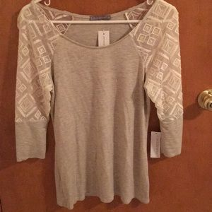 NWT cream long sleeve top with lace sleeves