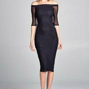 Dresses & Skirts - Black off shoulder midi dress