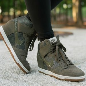 Olive green Nike wedge sneakers!