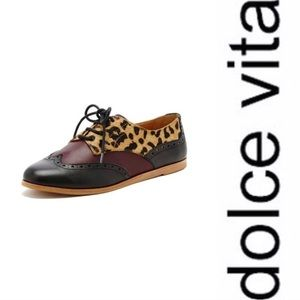 Dolce Vita pointy toe flats oxfords