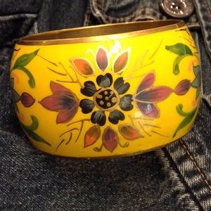 Jewelry - Yellow Floral large chunky bangle bracelet brass?