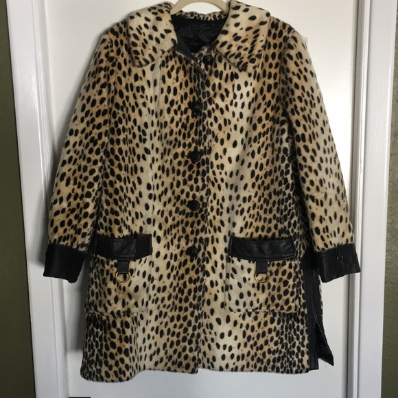 33a0342774b7 Lord & Taylor Jackets & Blazers - Vintage Lord and Taylor Animal Print ...