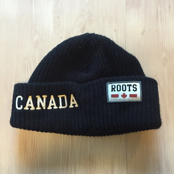 7e10af2aae1 Roots Canada Right To Play knit Beanie black Rare.  M 5a26d54b620ff7c0eb0215ef