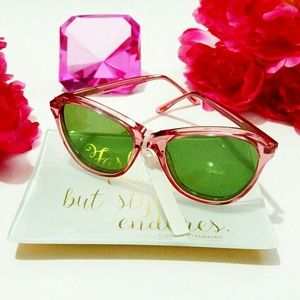 💎NWOT Wildfox Parker Pink Cateye Sunglasses