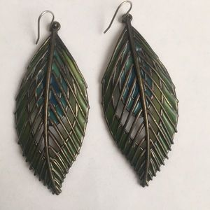 Lucky Band  Feather earrings