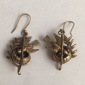 Lucky Band nesting birds earrings