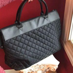 WKND SALE Beautiful travel/overnight bag 20x16hx10