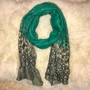 Green/ Leopard Large Scarf