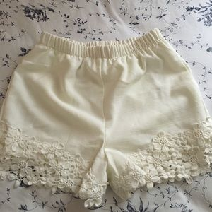 Monteau Cream Shorts Size XS