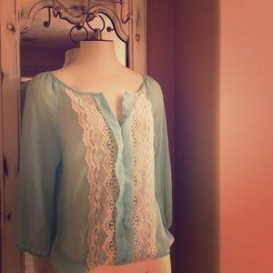 💕Mint green, crochet trim boho top Sz:XS/S