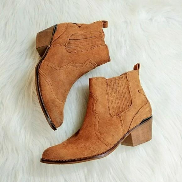 Hessie Western Ankle Boots Cognac NWOT