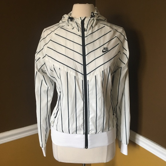 a12ede3a7 Nike Jackets & Coats | Black White Stripe Full Zip Sport Jacket ...