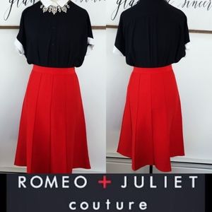 NWT Romeo & Juliet Bright Red Pull-On Midi Skirt