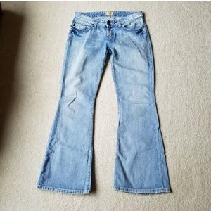 """Silver Light Wash Flare """"Star"""" Jeans"""