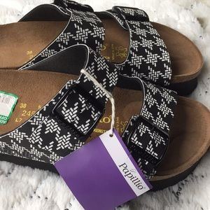 Birkenstock Shoes - Authentic PAPILLIO BY BIRKENSTOCK. Size L7-M5