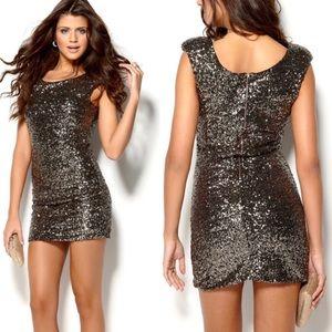 NWT Minkpink sequin dress sz M