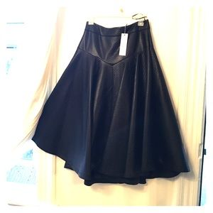 GRACE Faux leather skirt