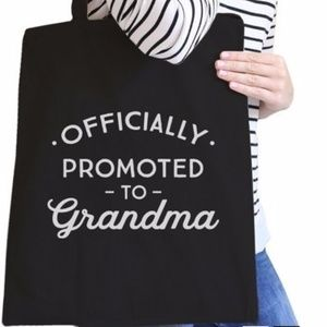 """""""Officially Promoted to Grandma"""" Tote"""