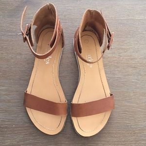 Charles by Charles David Tan Leather Sandals