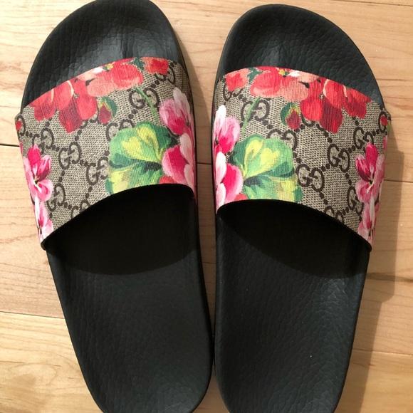 b8274ad7d Gucci Shoes | Gg Bloom Size 36 Slides | Poshmark