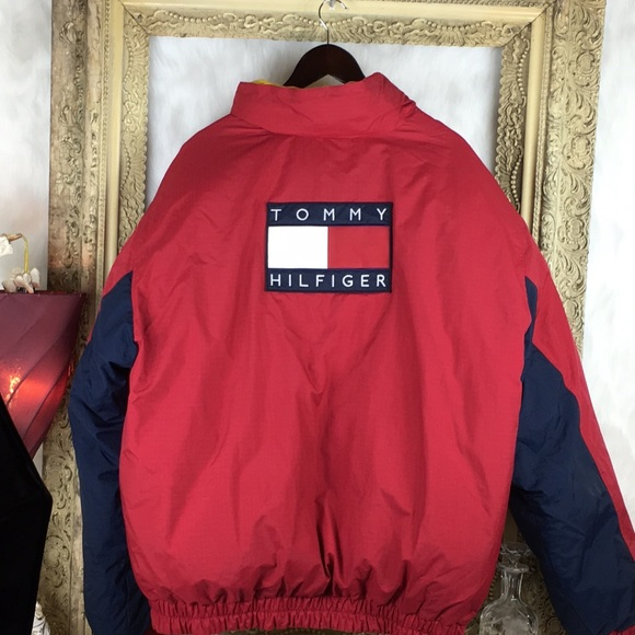 7314888dfe2 Vintage Tommy Hilfiger Reversible Puffer Jacket. M 5a270945f092824646004df1