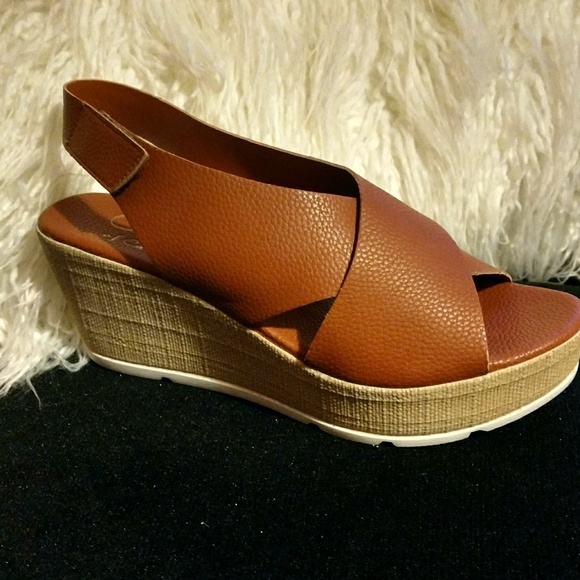 e11eec517f1 Cognac Wedge Sandal