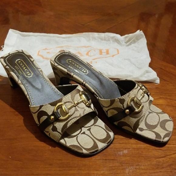 189346729f14 Coach Shoes - NWOT Coach Sandals with Dust Bag
