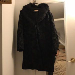 Faux fur collar brocade coat