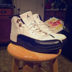 ... Cleats Black Crimso Nike Air Jordan XII 12 Retro White/Black-Taxi- Red